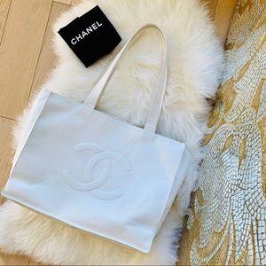 CHANEL Caviar 💎 XXL Travel Tote Bag CC Logo Auth